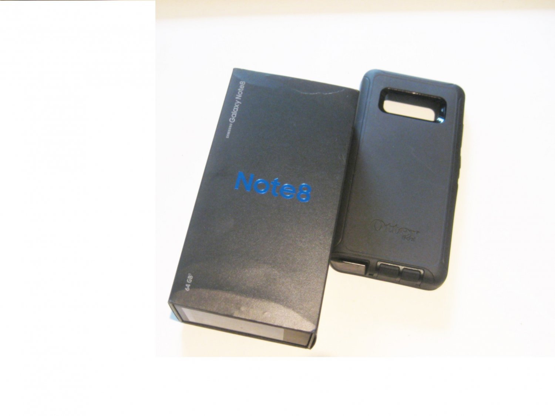9/10  Unlocked  Black 64gb Samsung  Note 8 Bundle!