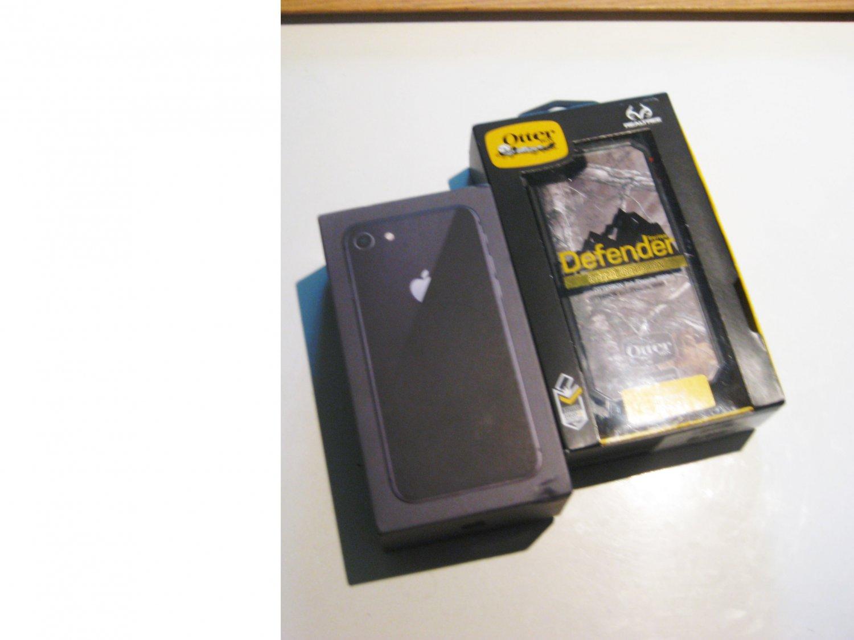 Like New 64gb Iphone 8 (A1863) Warranty 07/20 Bundle!