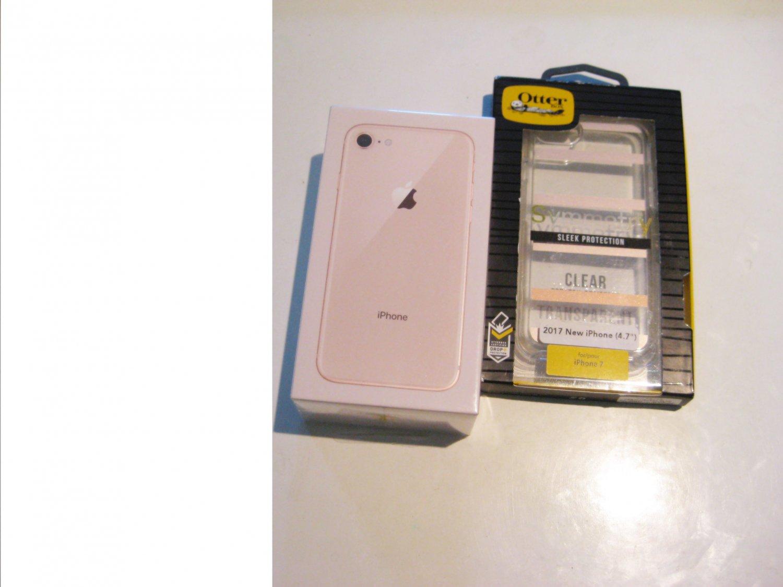 New Gold  64gb  Verizon Iphone 8 A1863 CDMA/GSM Bundle!!!