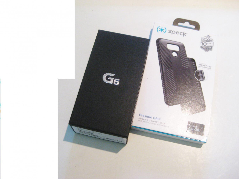 Unlocked   32gb AT&T LG G6  Bundle!! (New Cond.)