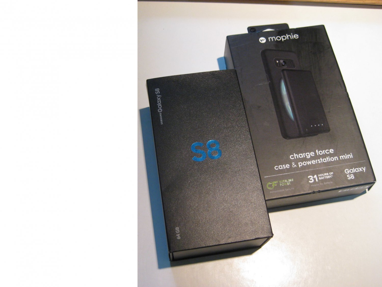 Very Good Unlocked   64gb Sprint S8  Bundle!!