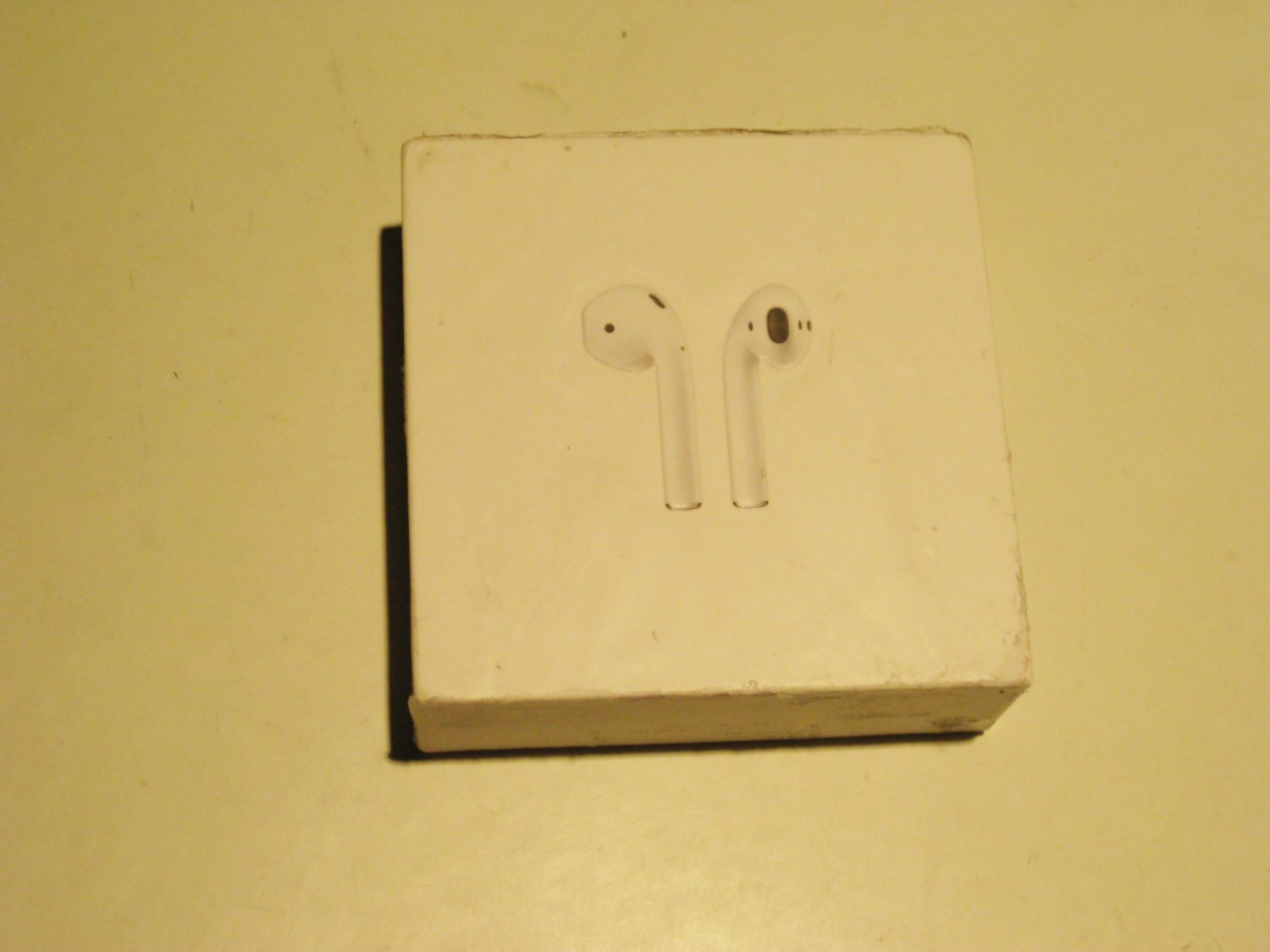 Apple Airpods 2nd Gen!!! 9.1/10