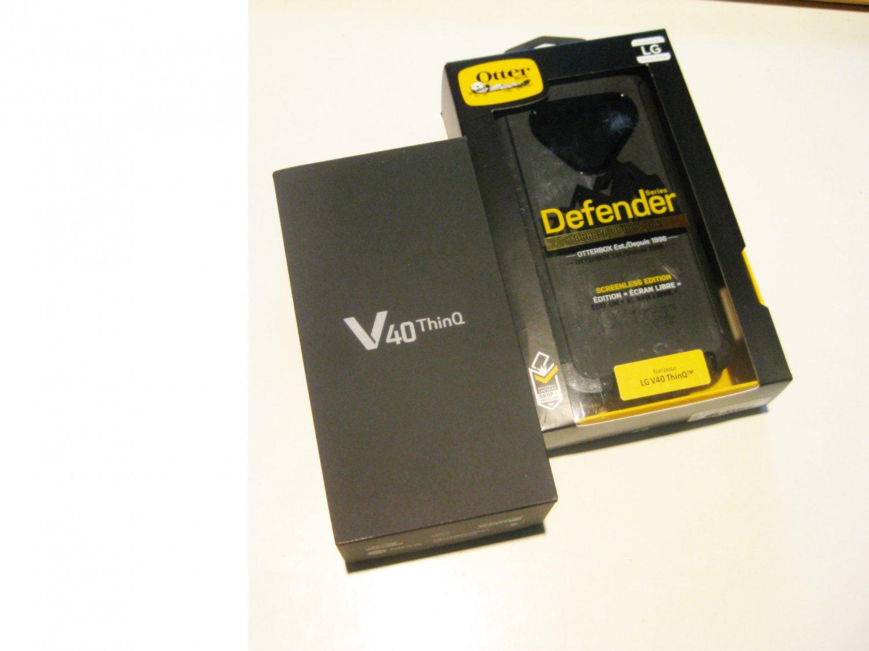 8.9/10 Unlocked Black AT&T 64gb  Lg V40  DEAL!!