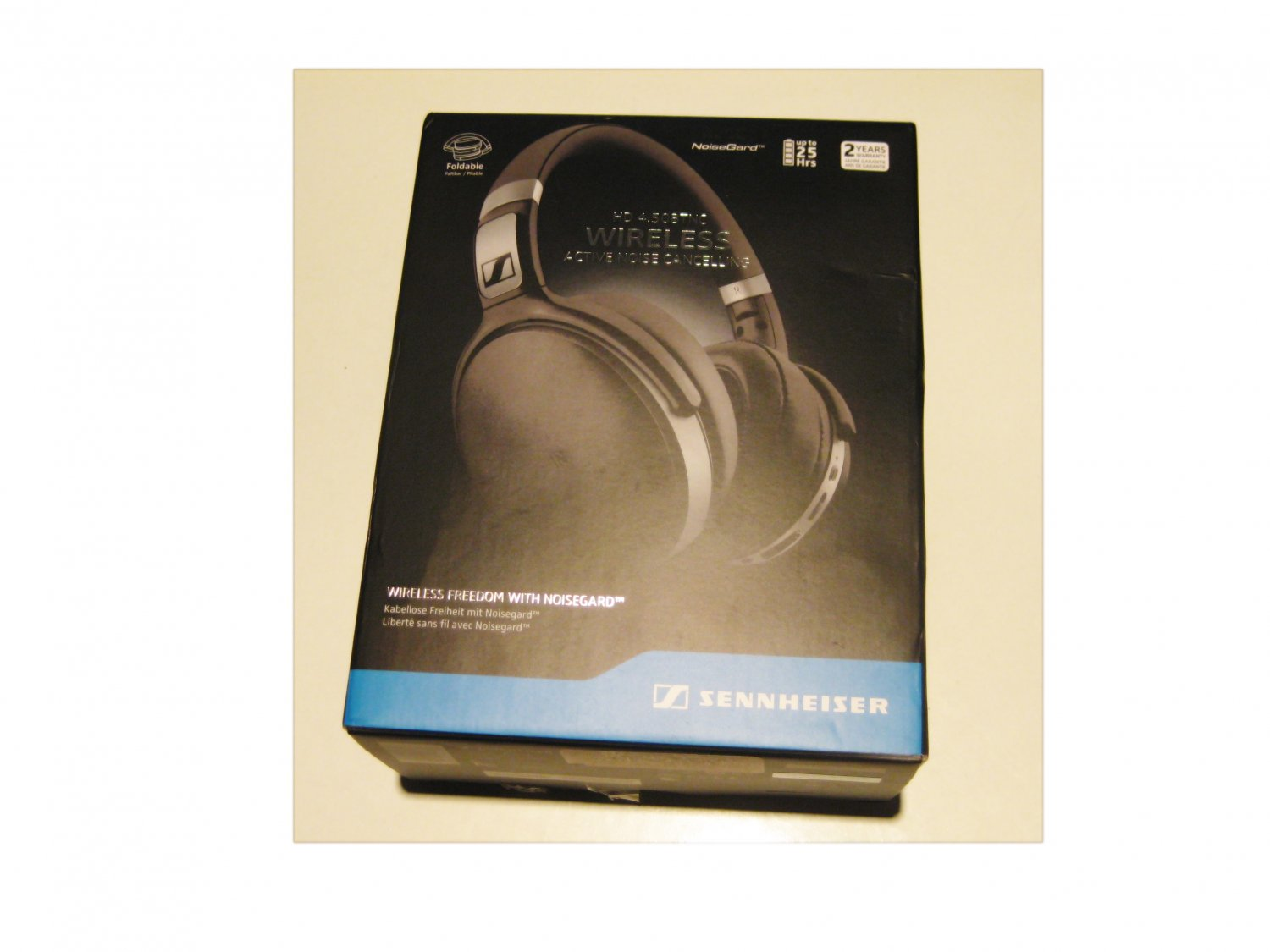 Like-new Sennheiser HD 4.50 Bluetooth Wireless Headphone