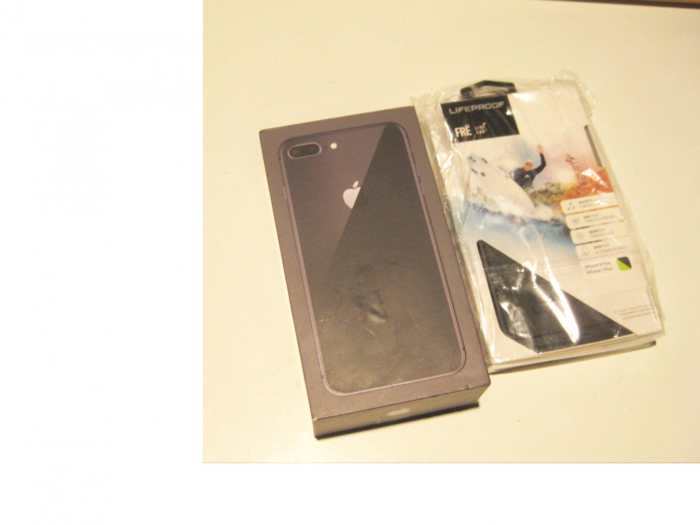 9.5/10 Smoking  64gb Verizon  Iphone 8 Plus  (A1864) Bundle!