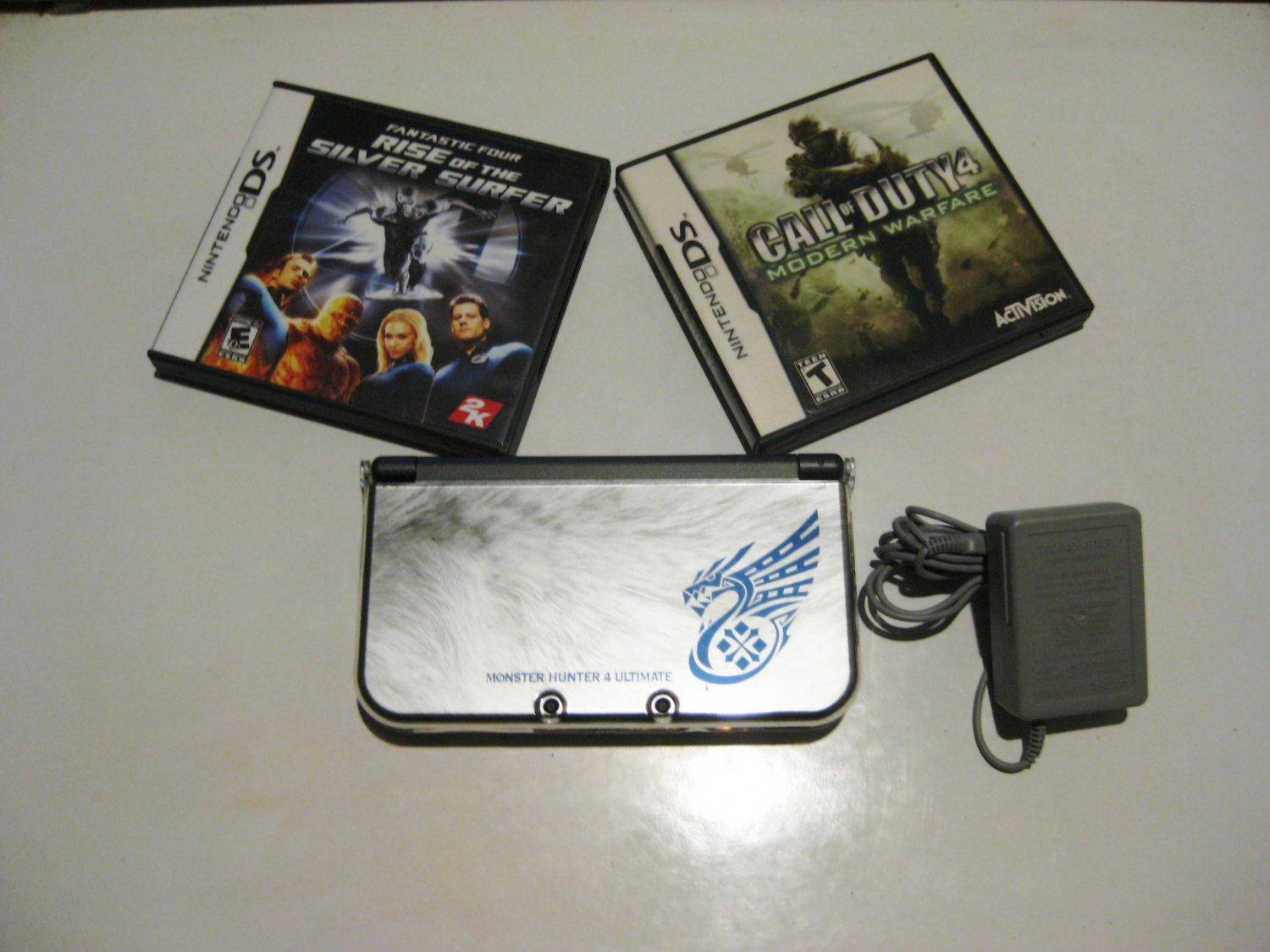 Nintendo New 3ds xl Silver Monster Hunter Limited Edition w COD & More!