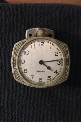 Sold Westclox automobile accessory dash clock 1920�s Vintage  (Car Clocks)