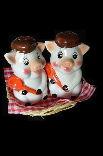 PORKY AND TROTTER PIG SALT AND PEPPER SHAKERS