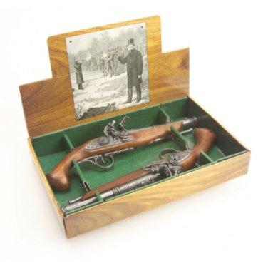 Colonial Replica English 18TH Century Boxed Dueling Pistol Set Non-Firing Guns