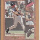 1998 Topps Focal Point Andrew Jones Braves