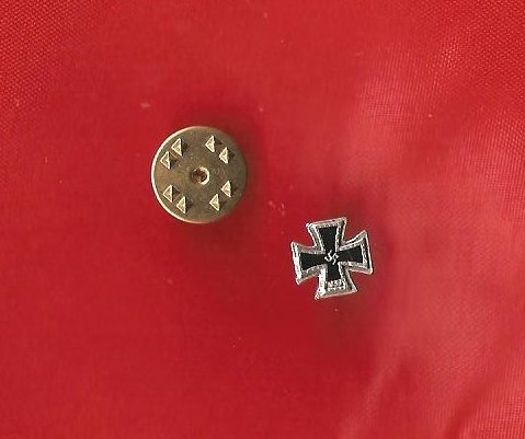 WW2 Germany 1939 Iron Cross Swastika Lapel Pin
