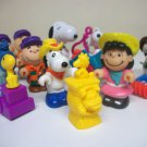1989 Peanuts Lot of 14 Charlie Brown Snoopy McDonalds Happy Meal toys & others Lucy farmer