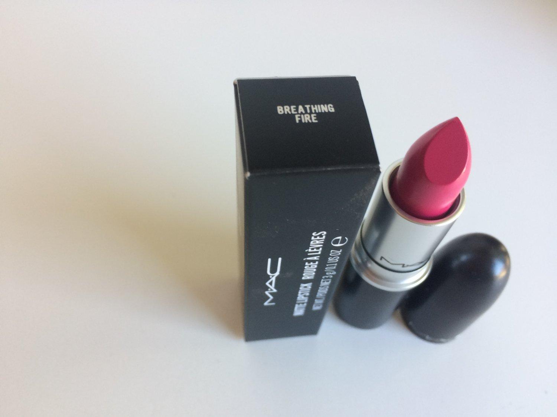 MAC Matte Lipstick - Breathing Fire