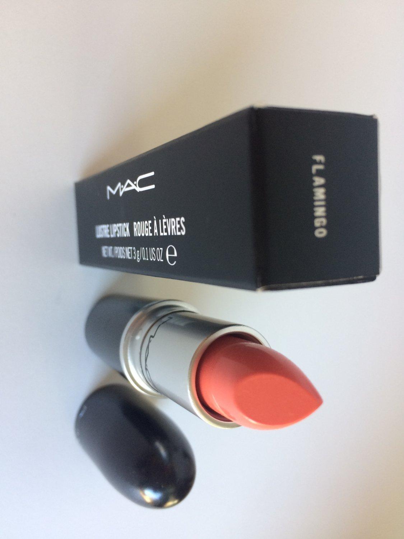MAC Lustre Lipstick - Flamingo