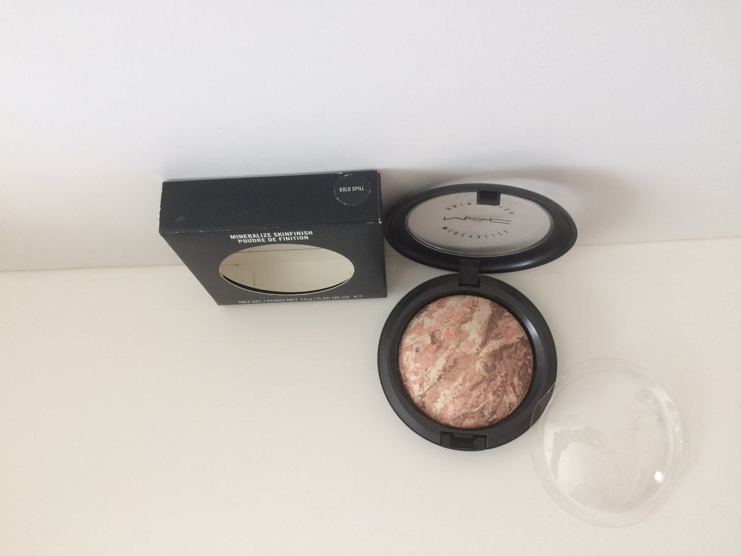 MAC Mineralize Skinfinish - Gold Spill