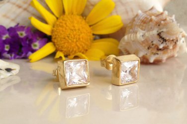 Clear Quartz April Birthstone Gold Stud Earrings