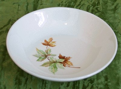 Vintage China SALEM Fruit/Berry Bowl MAPLE LEAF