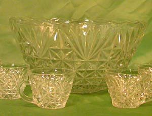 Anchor Hocking ARLINGTON Punch Bowl with 7 Cups