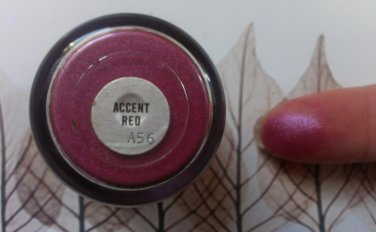 MAC Accent Red Pigment Sample