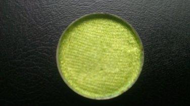 MAC Chartreuse Pressed Pigment