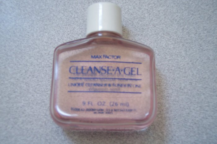 4 pcs Max Factor Face gel - Cleanser and Toner 0.9 oz