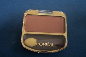L'OREAL single color eye shadow NEW! 0.1oz