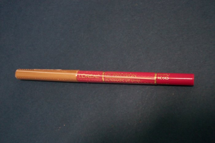 L'OREAL LIp Pencil NEW and SEALED