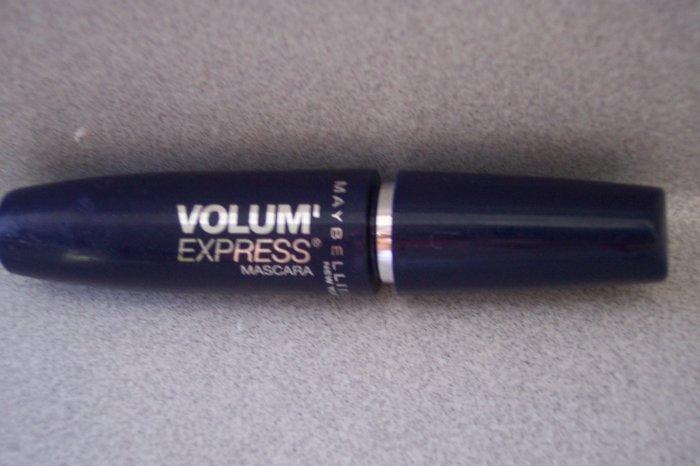 MAYBELLINE Volum' Express mascara  NEW!