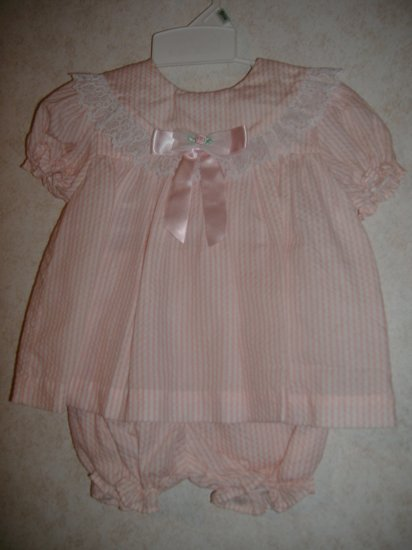 Hi-Girls Two Piece Infant Girls Outfit    Size 6 Mos