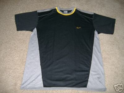 Men's Black and Gray Nike Shirt   Size M