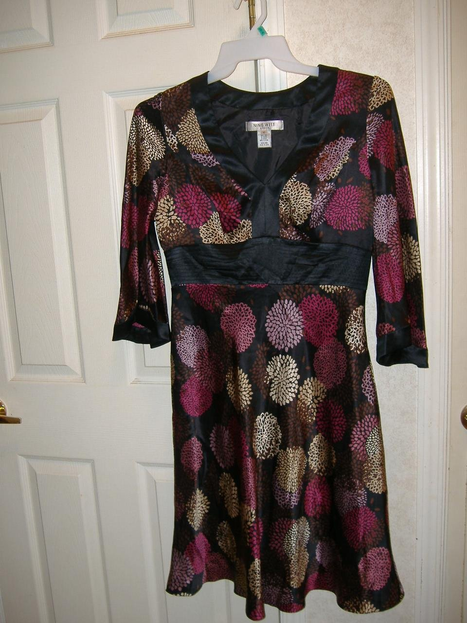 Ladies Dress By Nine West Dress   Size 10