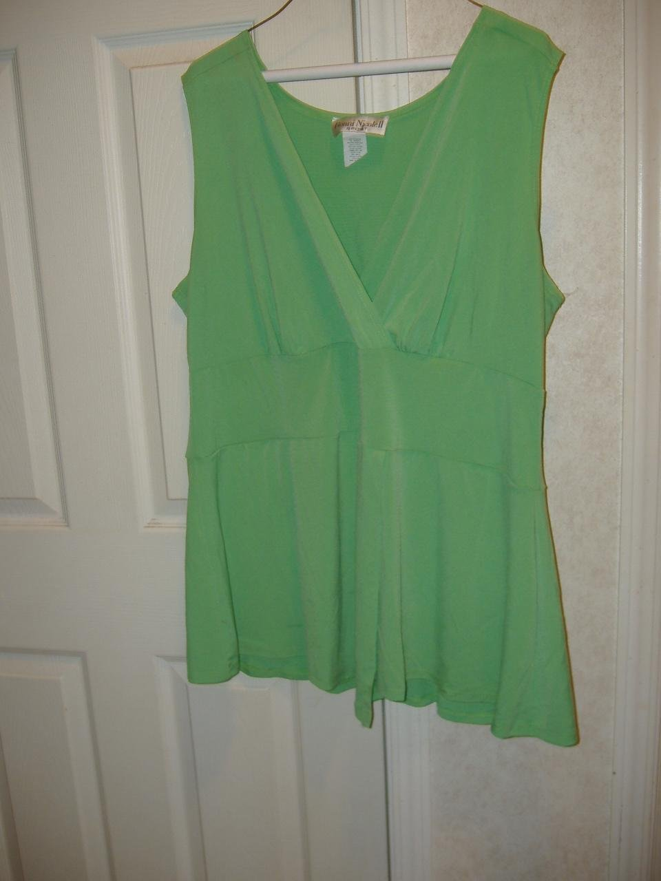 Ladies Top    Size 1X