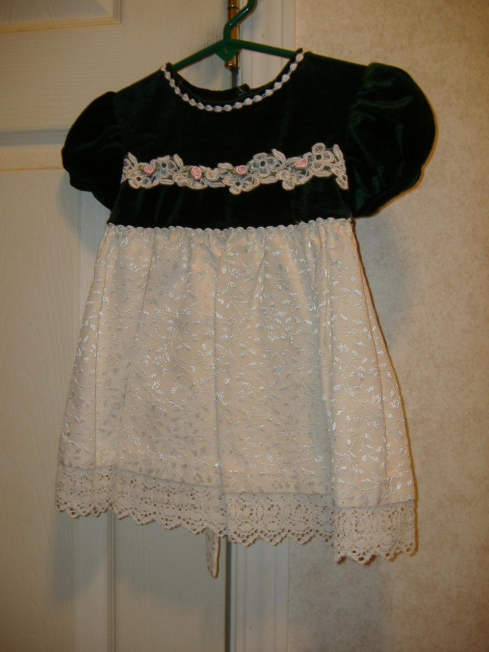 Toddler Girl Dress By Bonnie Baby     Size 18 Months