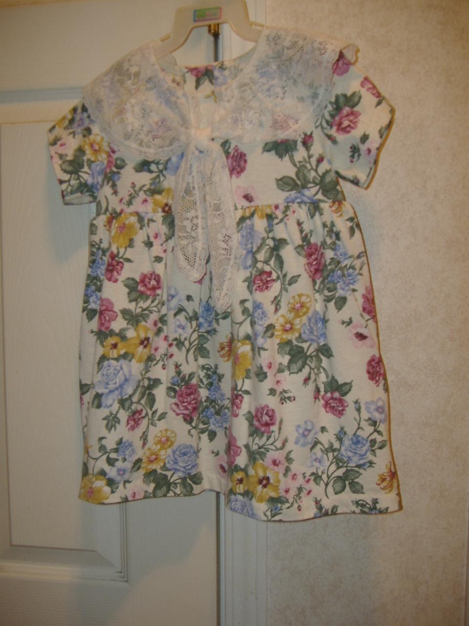 Girls Dress By Evy    Size 4