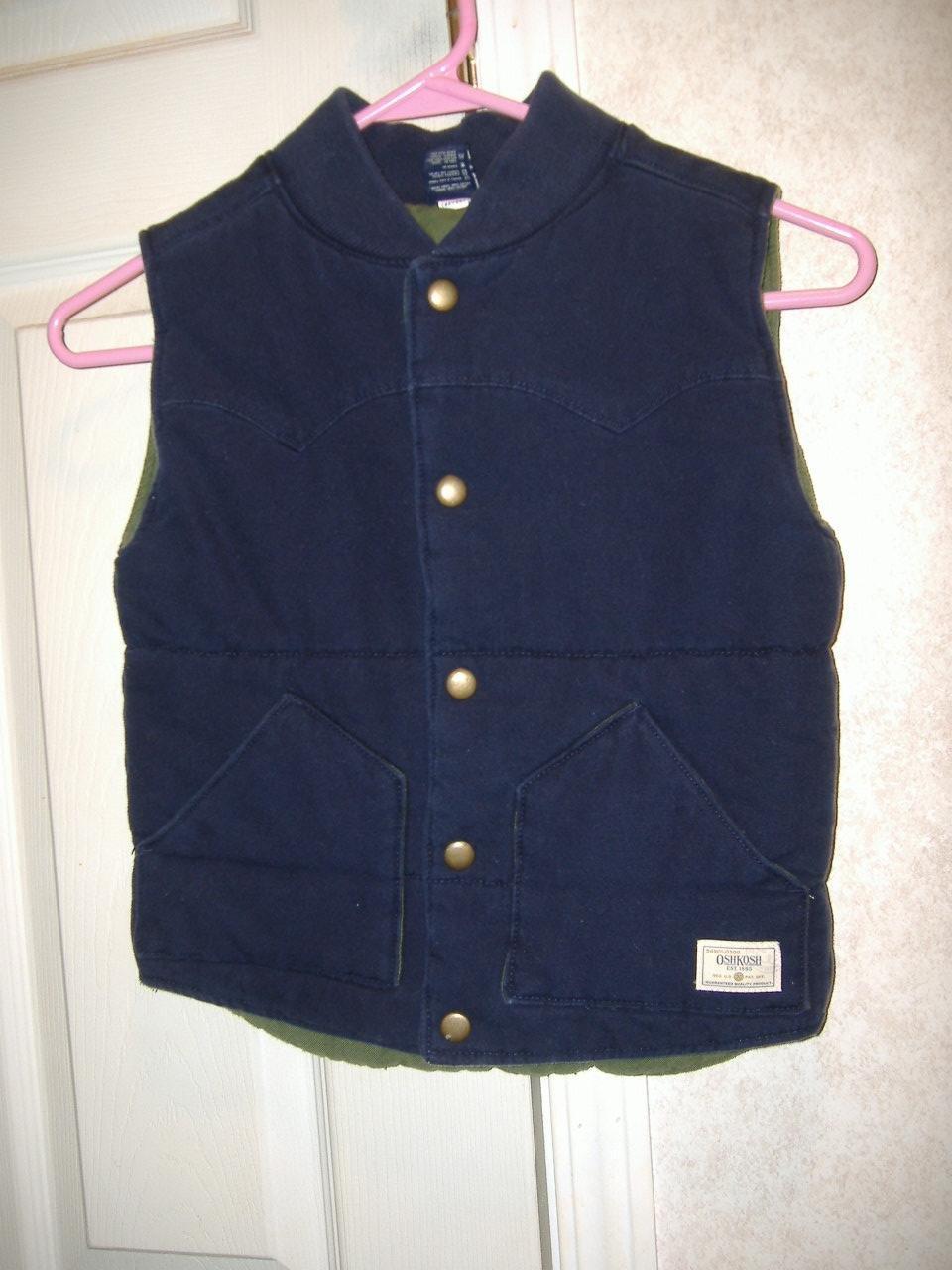 Oshkosh Boy's Sleeveless Vest   Size 5