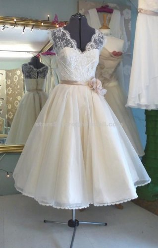 Princess Cap Sleeve Ball Gown V-neck Lace with Flower Sash Knee-Length Bridal Wedding Dress W115