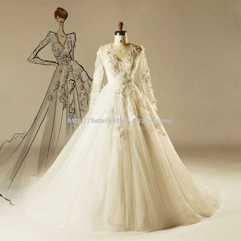 V-Neck Bridal Dress Long Sleeves Appliqued A-Line Chapel-Train Wedding Dress Gown D2015674
