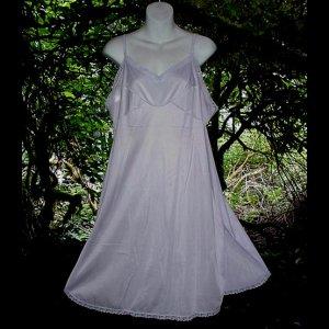 PASTEL LAVENDER PURPLE Vintage SLIP Lacy Full Dress CREAMY SOFT Nylon + FREE PINK SLIP Sz 42 L/XL!