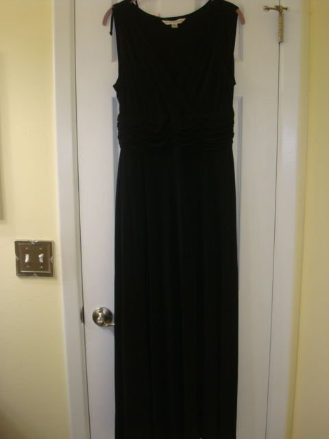 LADIES AA STUDIO LONG DRESS BRAND NEW!  SIZE 12