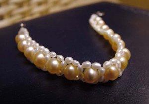 Sea Water Lover Bracelet 6-7 mm Golden and White