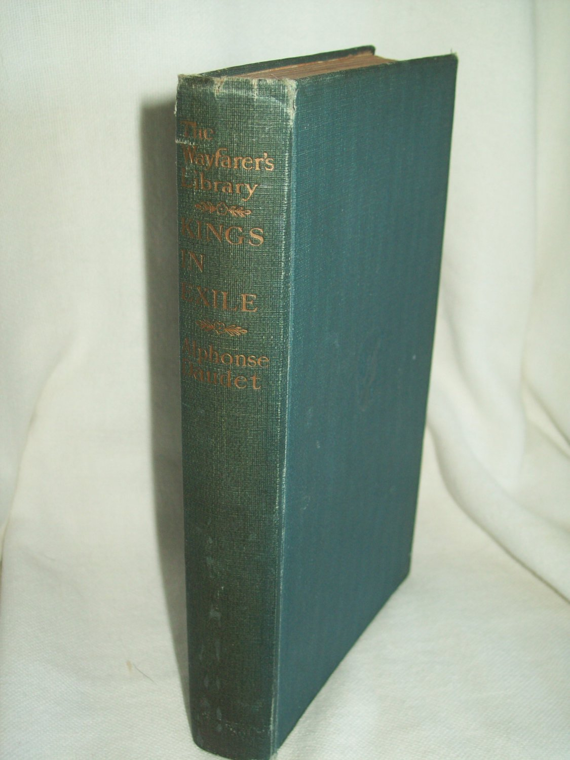 Kings In Exile. Alphonse Daudet, author. Illustrated. Wayfarer's Library Edition. VG.