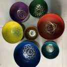 CHAKRA HEALING SINGING BOWLS COLOURED SET OF 7 BOWLS WITH CUSHION AND MALLET
