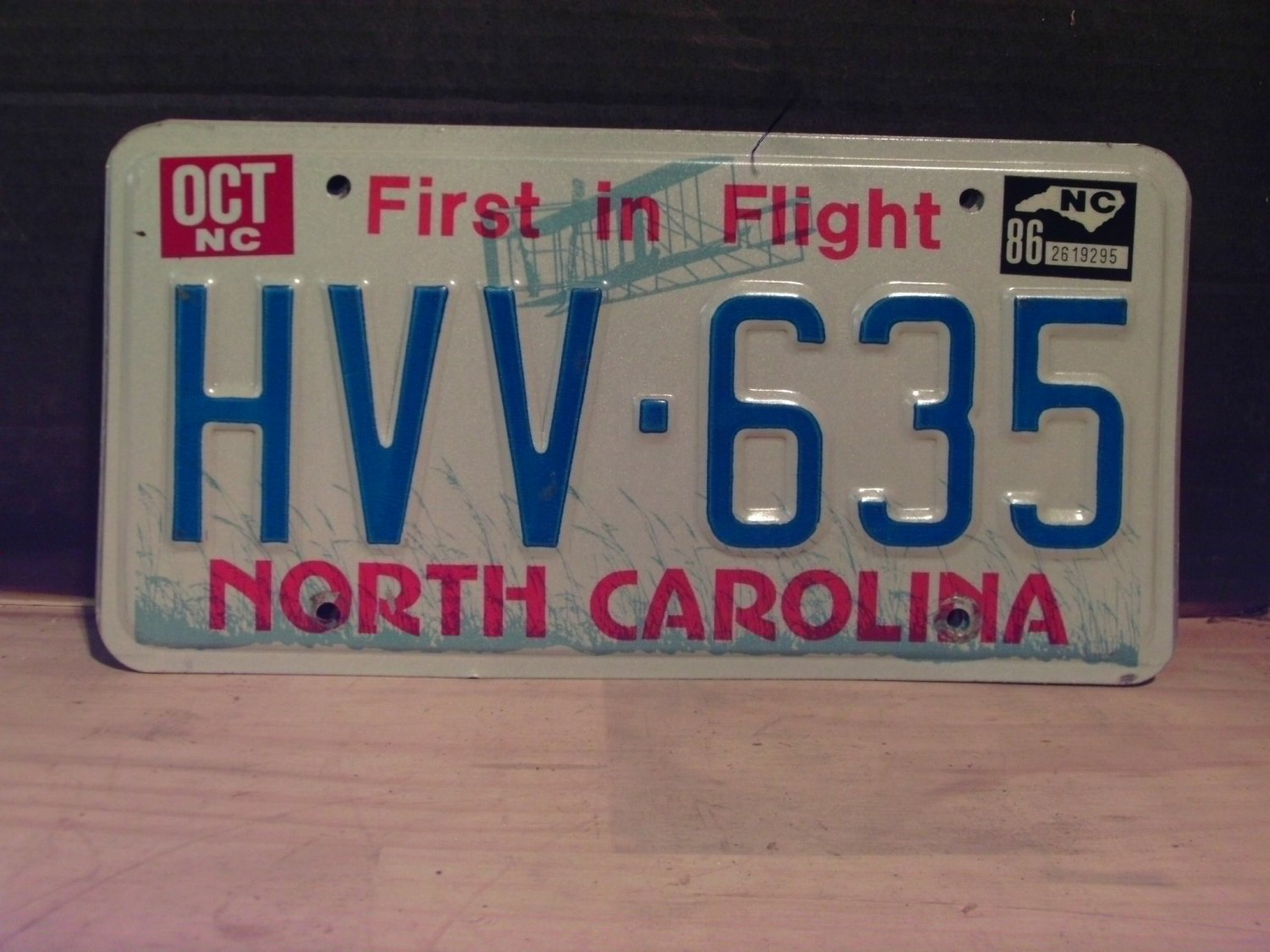 1986 North Carolina EX Passenger License Plate NC #HVV-635
