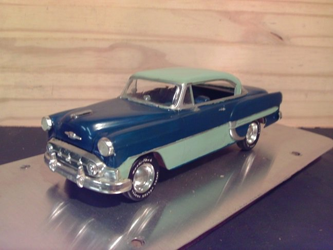 1953 Custom Chevrolet Bel-Air 1:24 Scale Model in 2-tone Blue