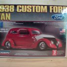 Lindberg 1938 Custom Ford Van Model Kit in 1/24 scale - 73064