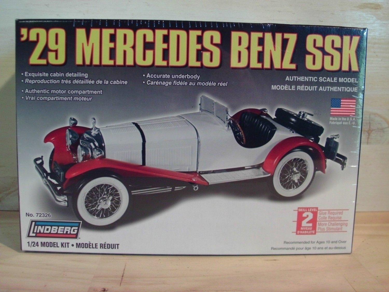 Lindberg 1929 Mercedes Benz SSK Model Kit in 1/24 scale - 72326
