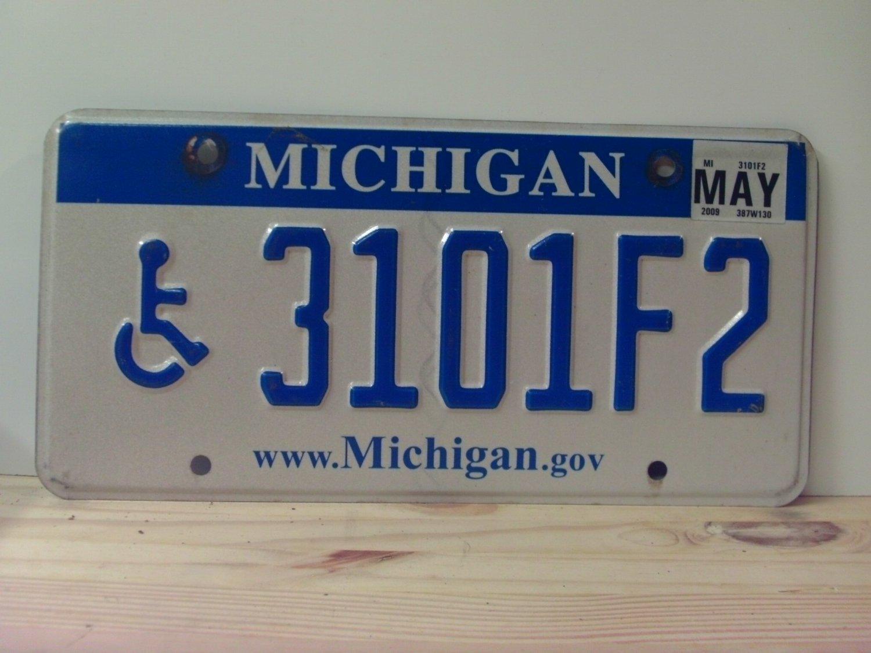2009 Michigan MI Handicapped License Plate Tag 3101F2