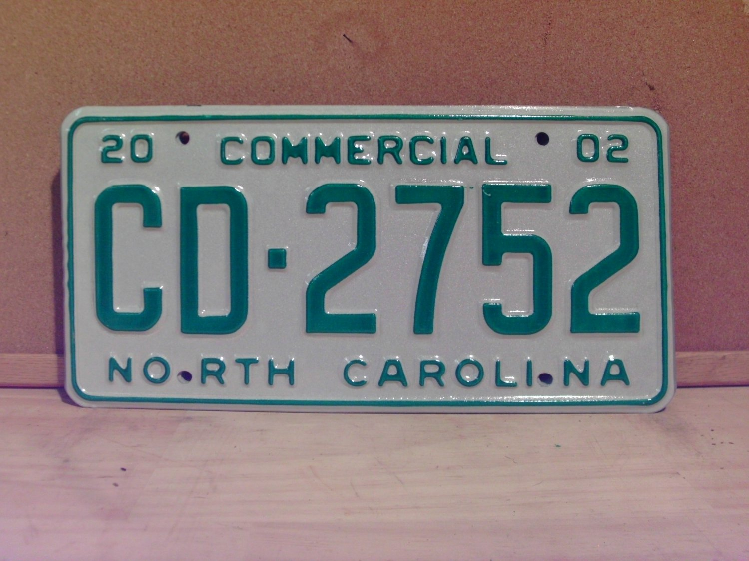 2002 North Carolina NC Commercial Truck License Plate Mint Dated CD-2752
