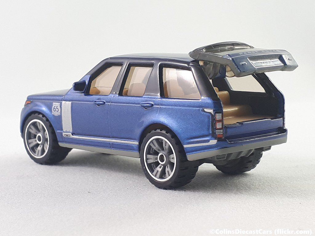 2019 Matchbox 50th Anniversary Superfast #04 '18 Range Rover LWB in Blue Mint on Card
