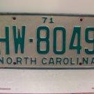 1971 North Carolina NC Passenger License Plate HW-8049 VG